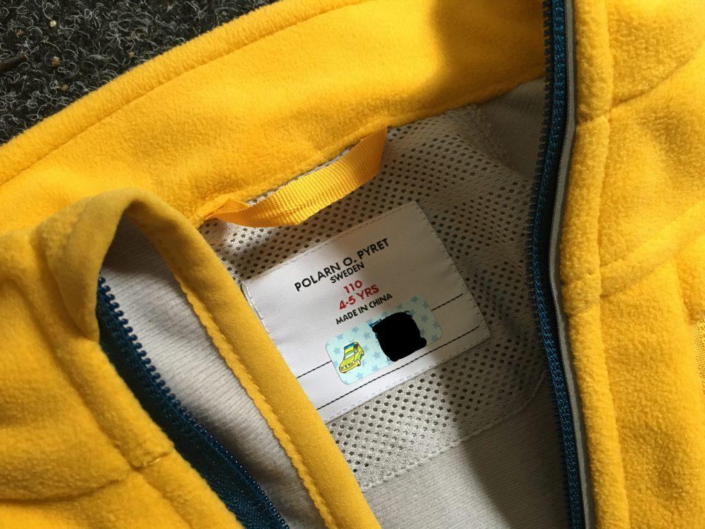 Självhäftande namnlappar för att märka barnens kläder