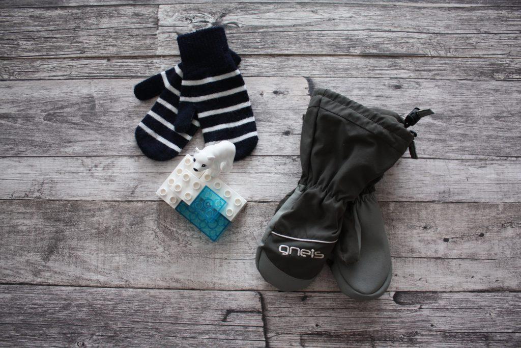 Rätt klädd för vinterlek utomhus