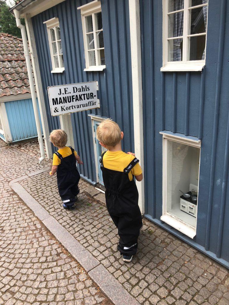 Test av skalbyxor från Polarn O. Pyret 2019